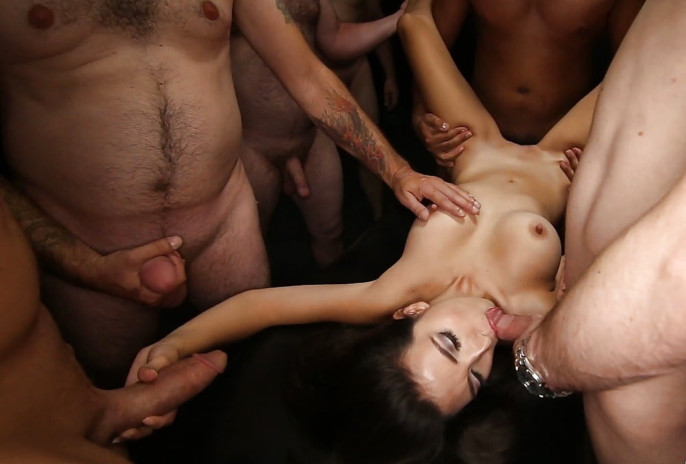 Eugena recommends Nude shaved beach girls