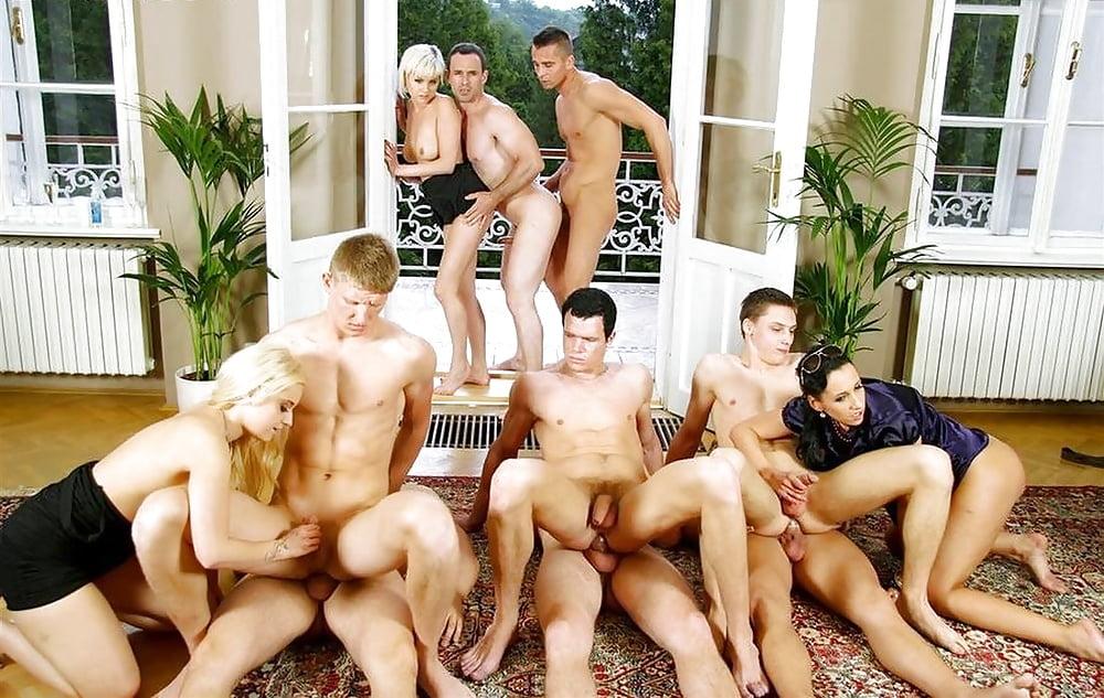 Saraiva recommend Big dildo sex pics