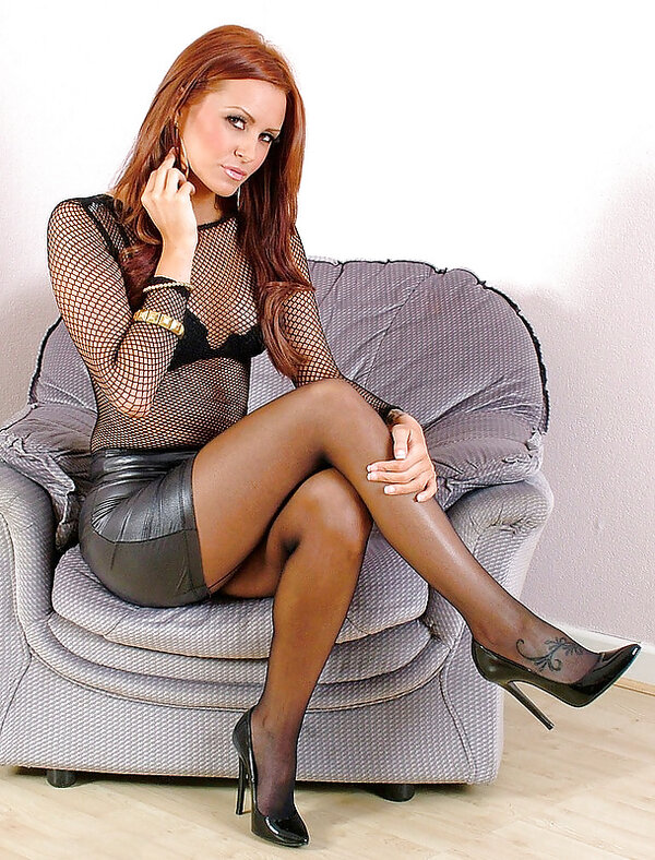 Thelin recommends Upskirt no panties in pulbic