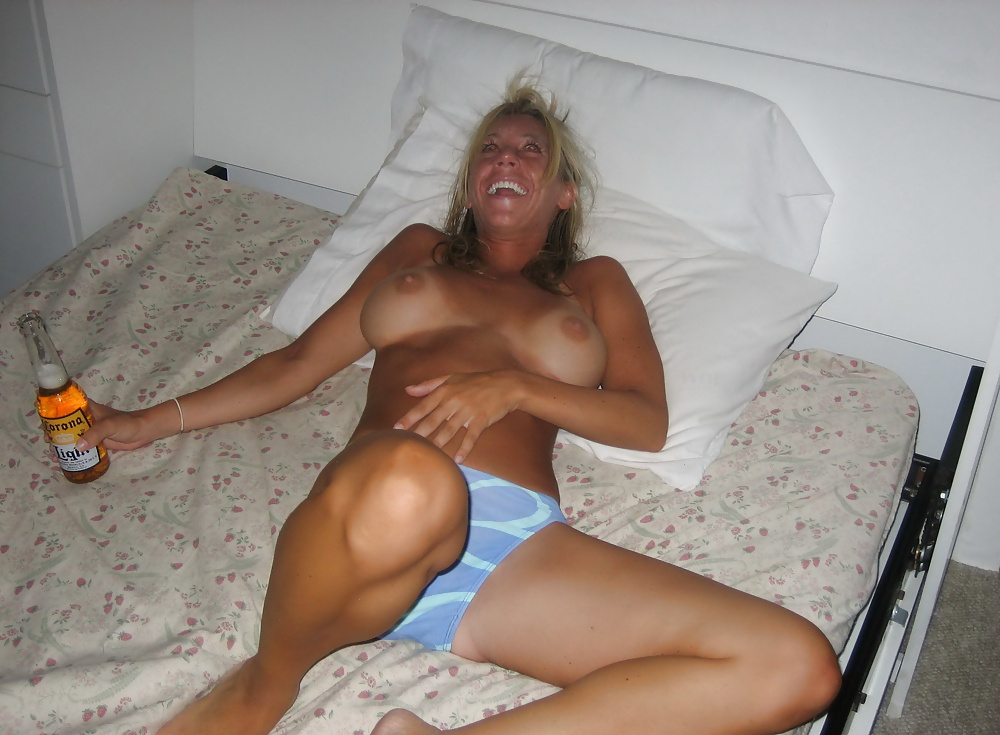 Aboulissan recommend Big booty milf lesbian