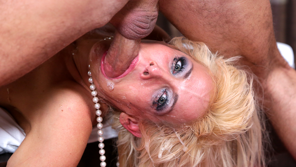 Wildfong recommend Brutal dildo pic